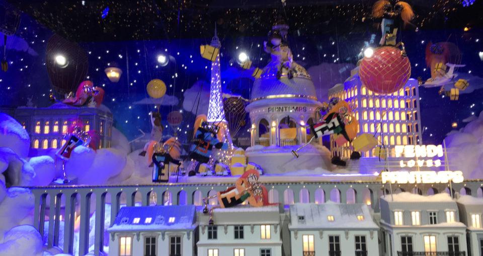 Les vitrines de Noël au Printemps
